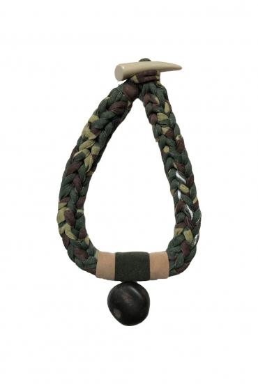 military-kolye
